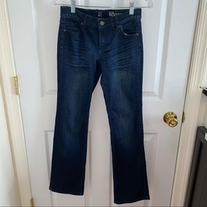 NY & COMPANY DARK WASH LOW-RISE BOOTCUT JEANS